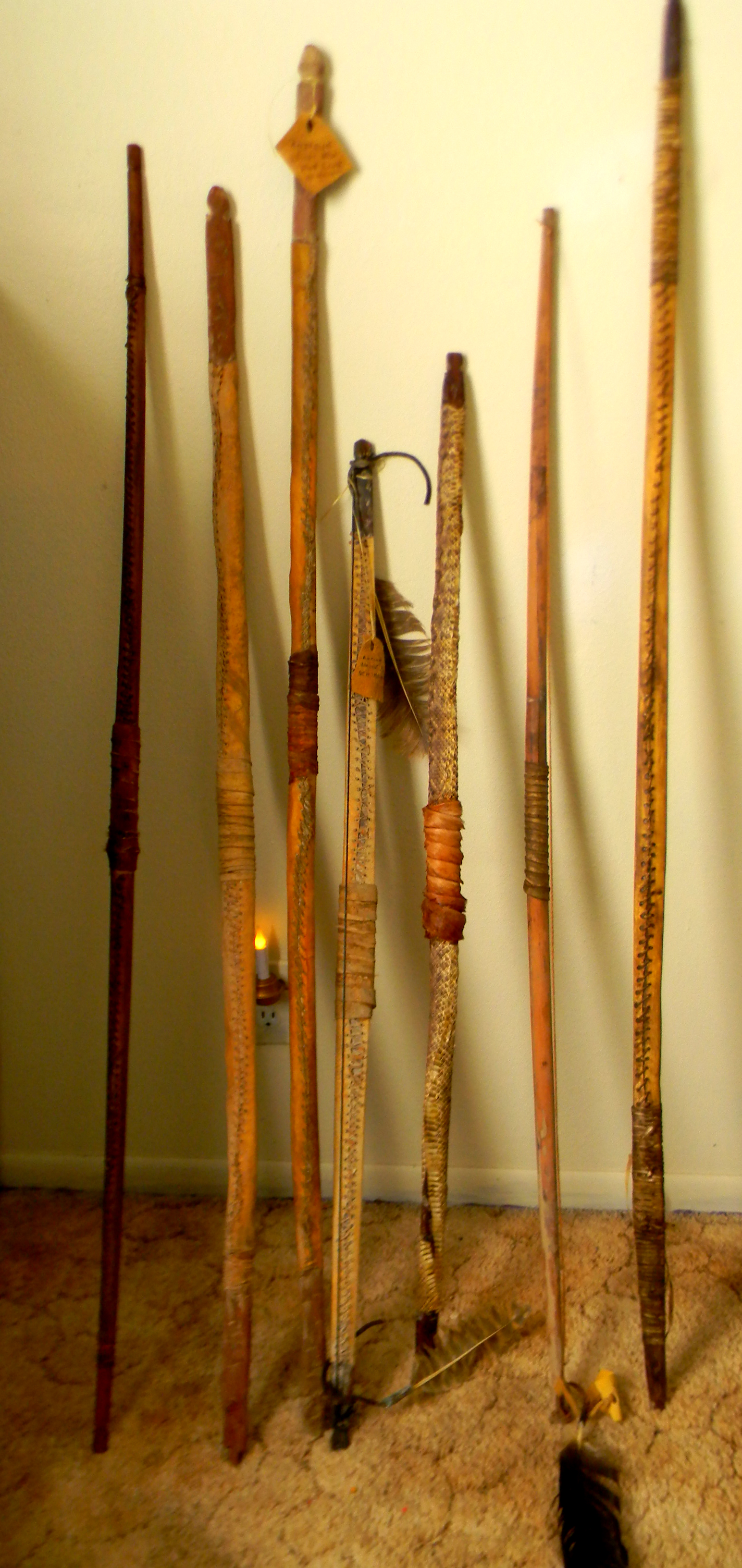 Museum quality Native American Weapons for sale, apache